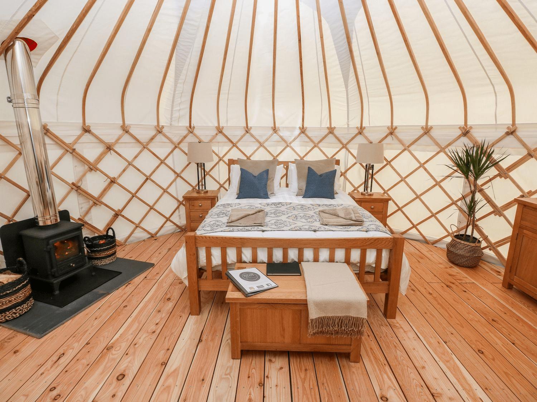Headland Escape Yurts - Pembrokeshire